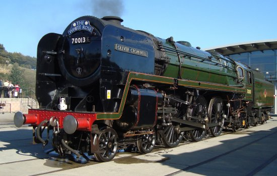 Oliver Cromwell locomotive outside Locomotion